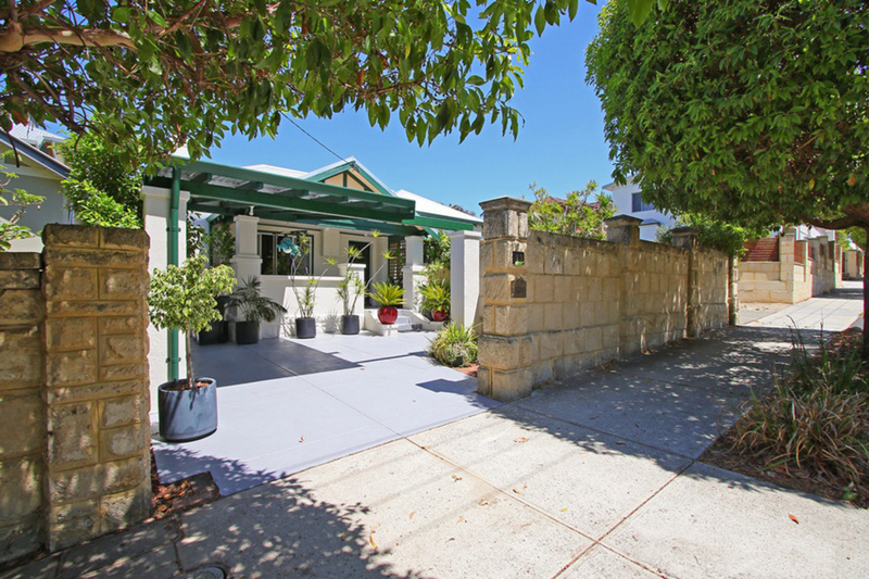 Photo - 13 The Boulevarde Mount Hawthorn WA 6016  - Image 16