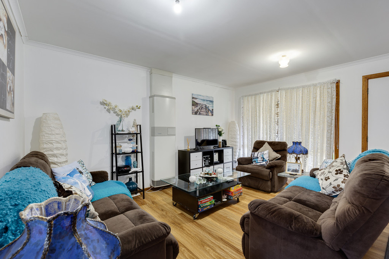 Photo - 13/1 Bethany Court, South Morang VIC 3752  - Image 3
