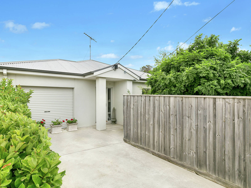 1/32 Laura Ave Belmont VIC 3216