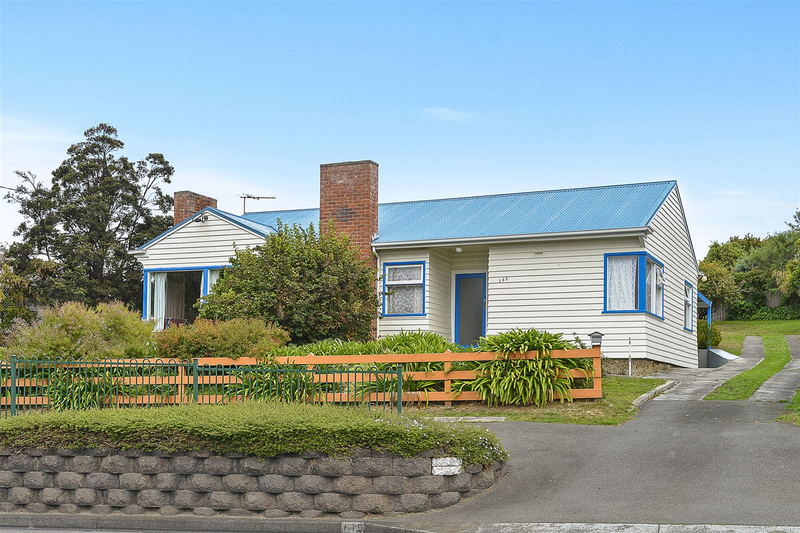 135 Roslyn Avenue, Blackmans Bay TAS 7052
