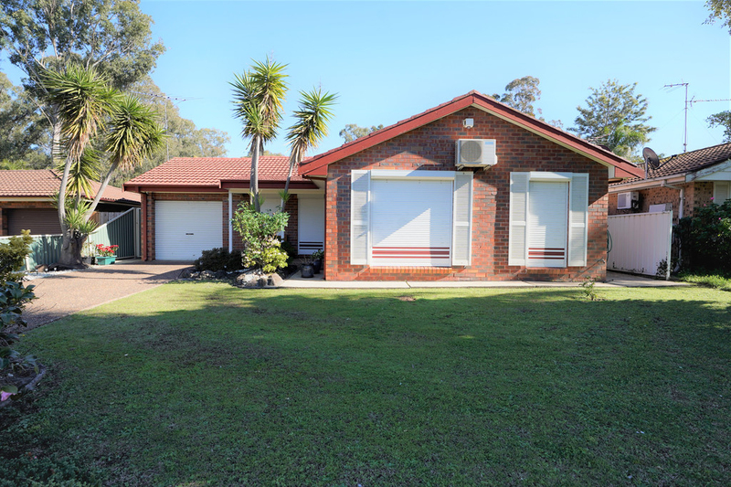 135 Sweethaven Road, Bossley Park NSW 2176