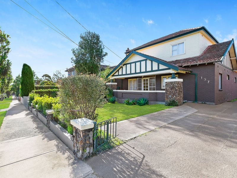 137 Fullers Road, Chatswood NSW 2067