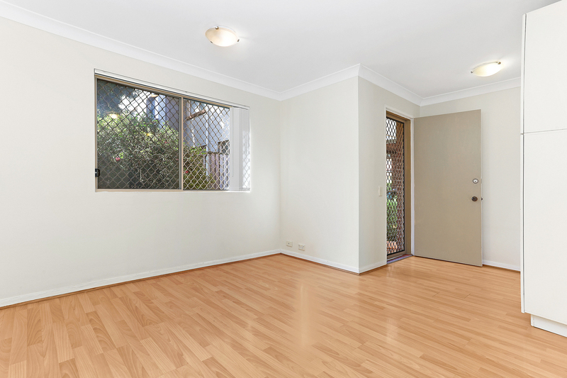 Photo - 1/37 Oak Street, Ashfield NSW 2131  - Image 2