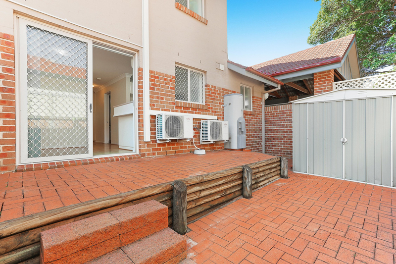 Photo - 1/37 Oak Street, Ashfield NSW 2131  - Image 8