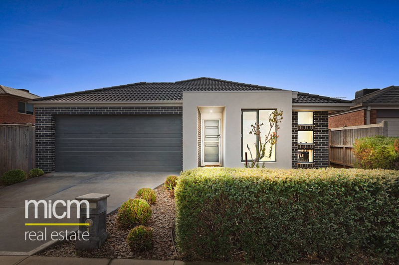 Photo - 14 Adriatic Way, Point Cook VIC 3030  - Image 1