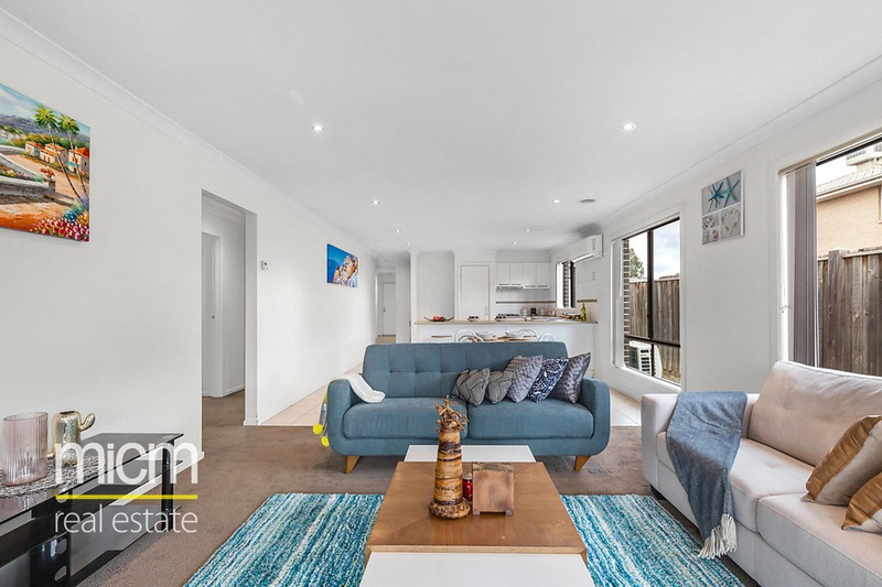 Photo - 14 Adriatic Way, Point Cook VIC 3030  - Image 2