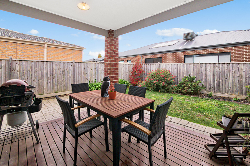 Photo - 14 Hill Farm Drive, Clyde VIC 3978  - Image 11