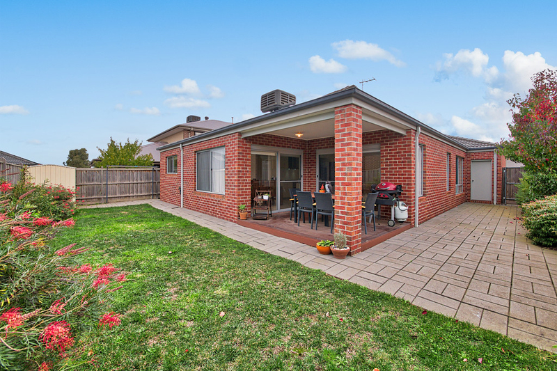 Photo - 14 Hill Farm Drive, Clyde VIC 3978  - Image 12