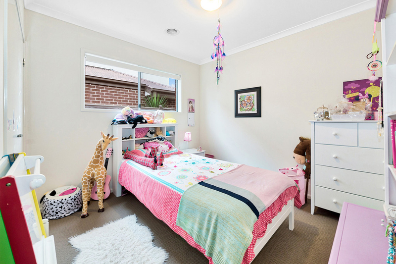 Photo - 14 Hill Farm Drive, Clyde VIC 3978  - Image 15