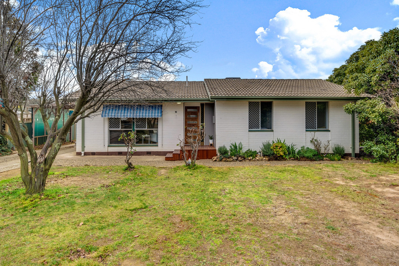 14 Hosking Place, Melba ACT 2615