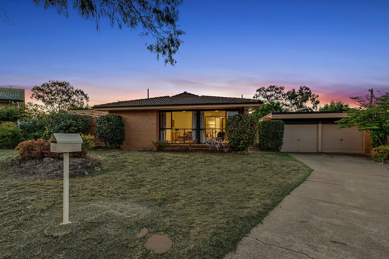 14 Jarvis Place, Macquarie ACT 2614