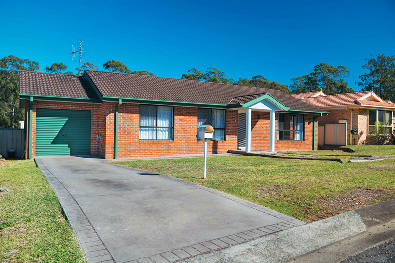 14 Robusta Parade, Taree NSW 2430
