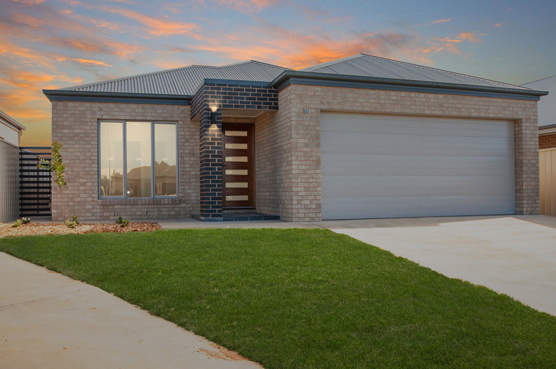 14 Scremin Grove, Griffith NSW 2680