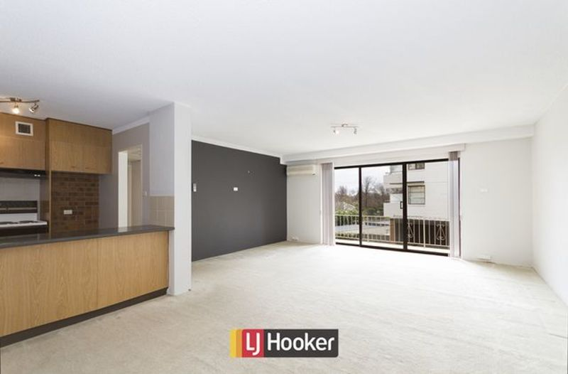 Photo - 14/103 Canberra Avenue, Griffith ACT 2603  - Image 3
