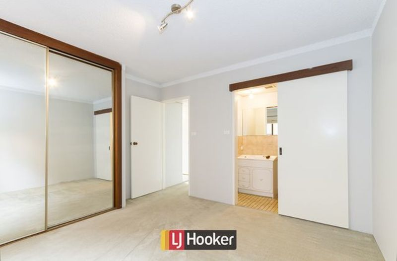 Photo - 14/103 Canberra Avenue, Griffith ACT 2603  - Image 5