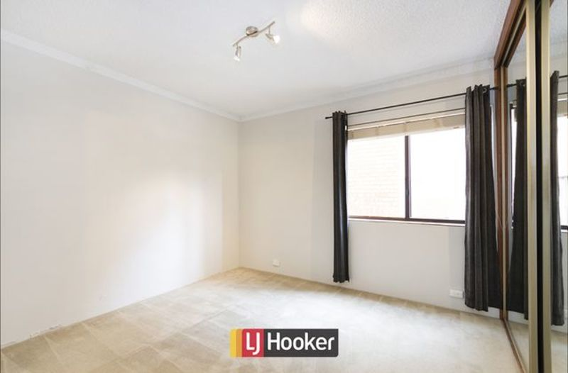 Photo - 14/103 Canberra Avenue, Griffith ACT 2603  - Image 6