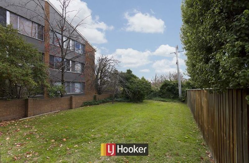 Photo - 14/103 Canberra Avenue, Griffith ACT 2603  - Image 11