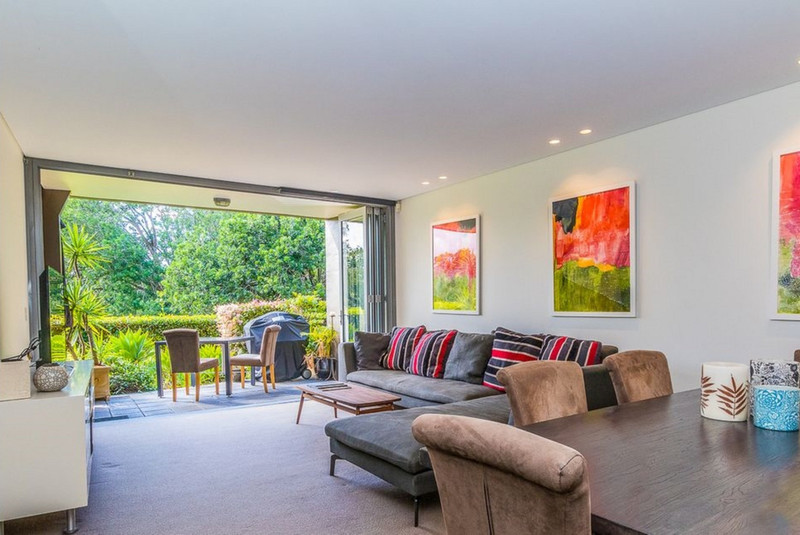 Photo - 14/2A Campbell Parade, Manly Vale NSW 2093  - Image 2