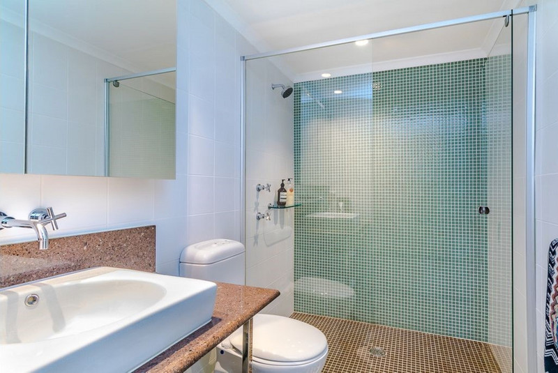 Photo - 14/2A Campbell Parade, Manly Vale NSW 2093  - Image 7
