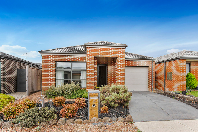 Photo - 15 Cascade Avenue, Wallan VIC 3756  - Image