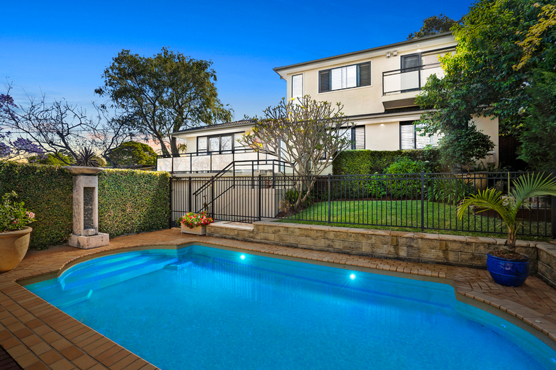 Photo - 15 Dundilla Road, Frenchs Forest NSW 2086  - Image 1