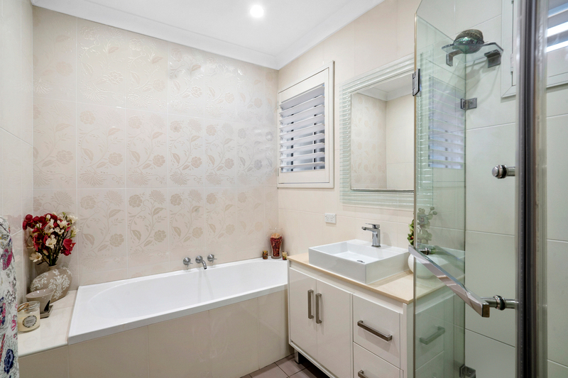 Photo - 15 Dundilla Road, Frenchs Forest NSW 2086  - Image 7