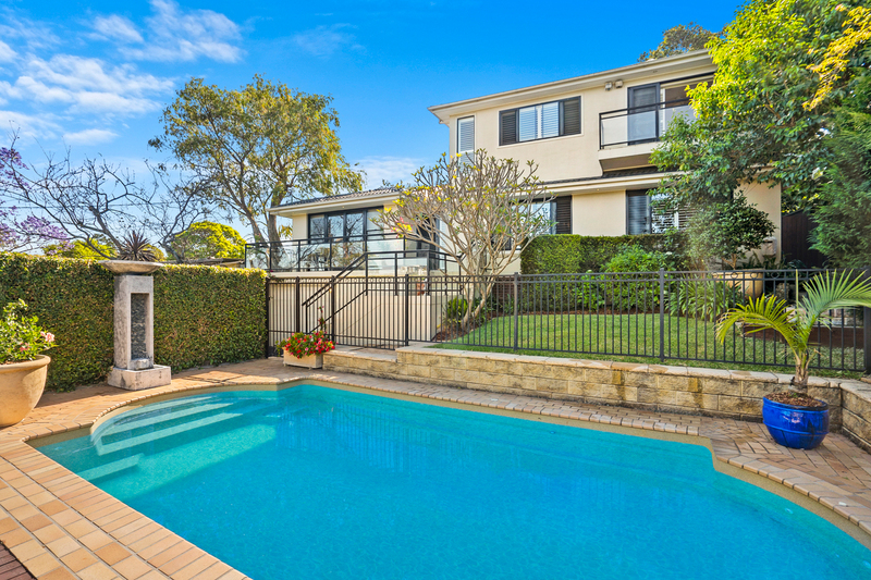 Photo - 15 Dundilla Road, Frenchs Forest NSW 2086  - Image 11