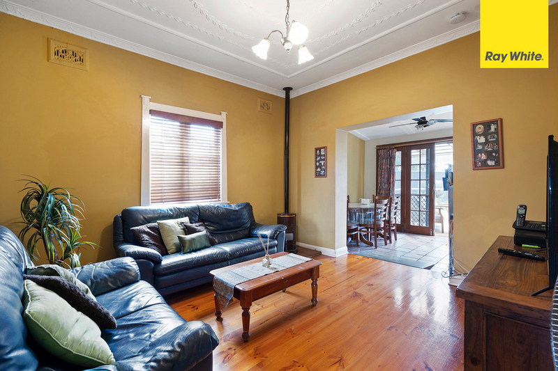 Photo - 15 Hillcrest Street, Wiley Park NSW 2195  - Image 4