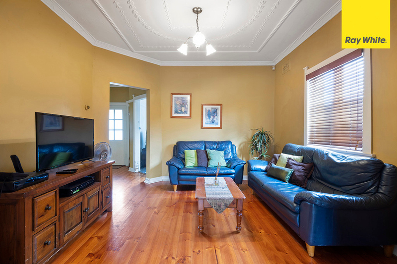 Photo - 15 Hillcrest Street, Wiley Park NSW 2195  - Image 5