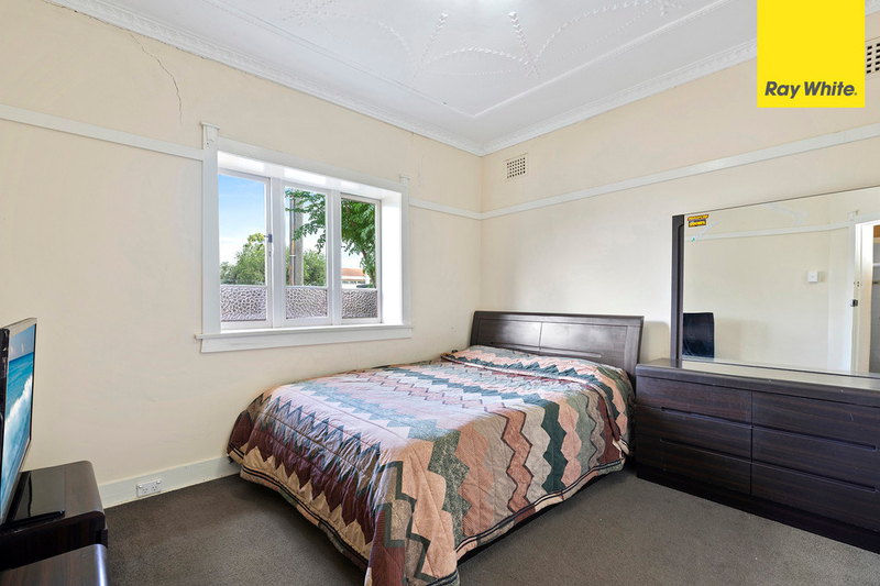 Photo - 15 Hillcrest Street, Wiley Park NSW 2195  - Image 6