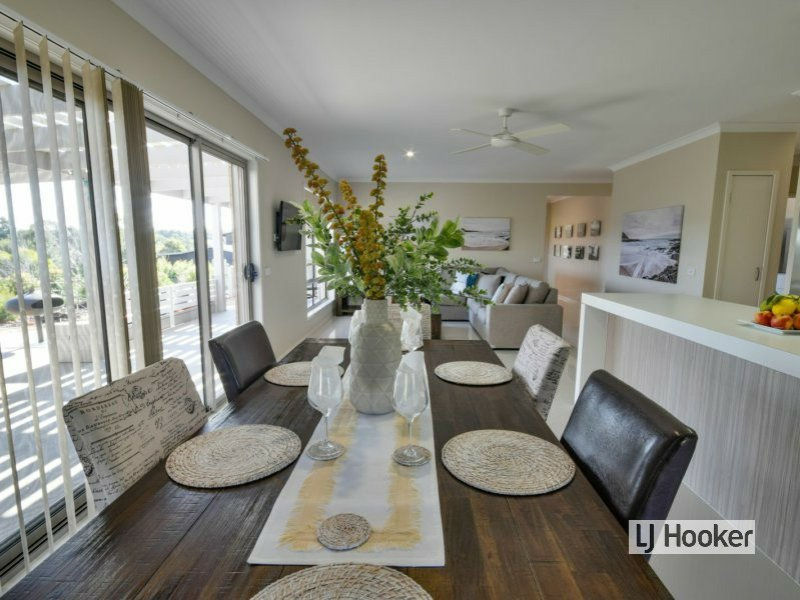 15 Magpie Ave Metung VIC 3904