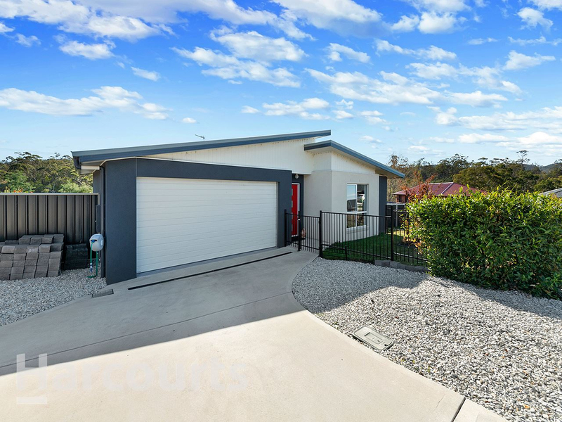 Photo - 15 Meehan Road, Rokeby TAS 7019  - Image 2