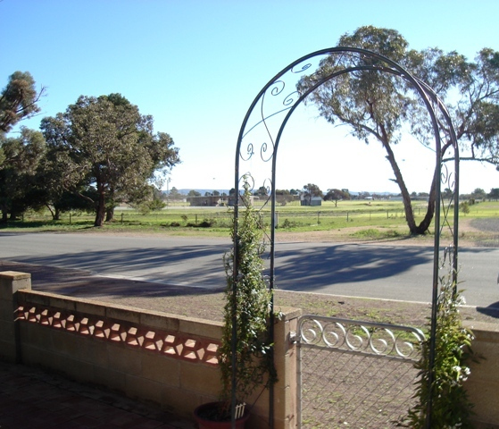 Photo - 15 North Terrace, Cowell SA 5602  - Image 14