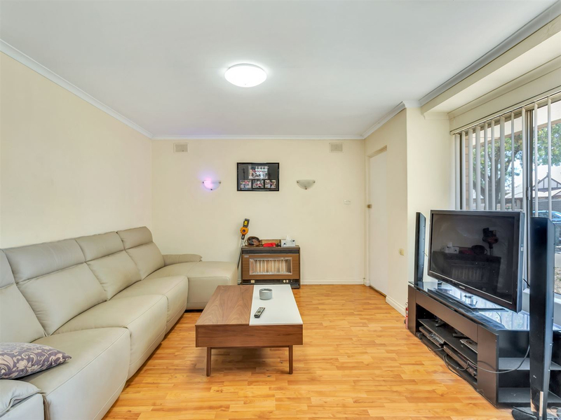 Photo - 1/52 Harvey Street East Woodville Park SA 5011  - Image 3