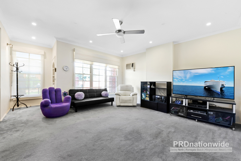 Photo - 1/53 Horbury Street, Sans Souci NSW 2219  - Image 2