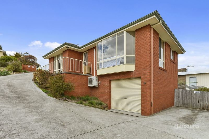 Photo - 1/56 Lennox Avenue, Lutana TAS 7009  - Image 3