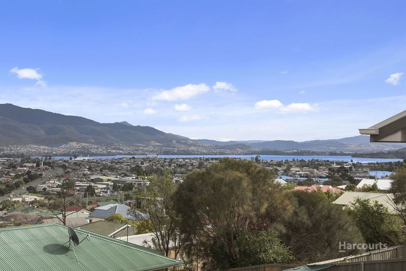 Photo - 1/56 Lennox Avenue, Lutana TAS 7009  - Image 4