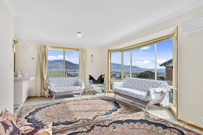 Photo - 1/56 Lennox Avenue, Lutana TAS 7009  - Image 5