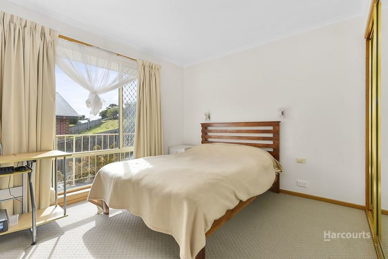 Photo - 1/56 Lennox Avenue, Lutana TAS 7009  - Image 10