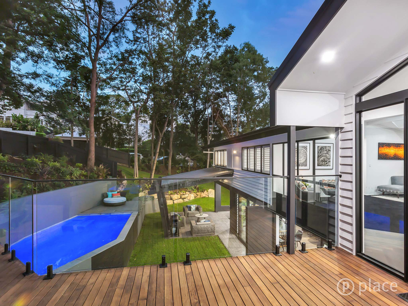 Photo - 16 Angus St Bardon QLD 4065  - Image 9