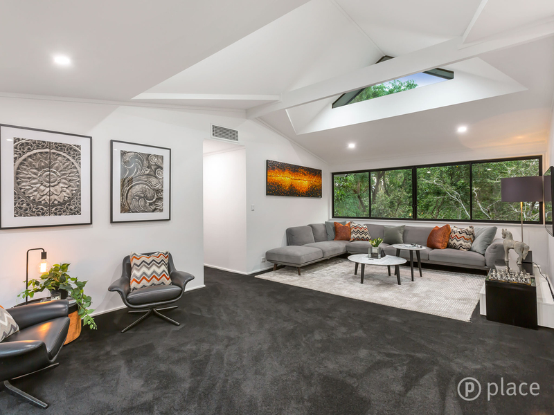 Photo - 16 Angus St Bardon QLD 4065  - Image 10