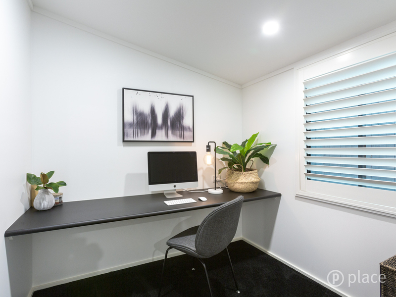 Photo - 16 Angus St Bardon QLD 4065  - Image 15