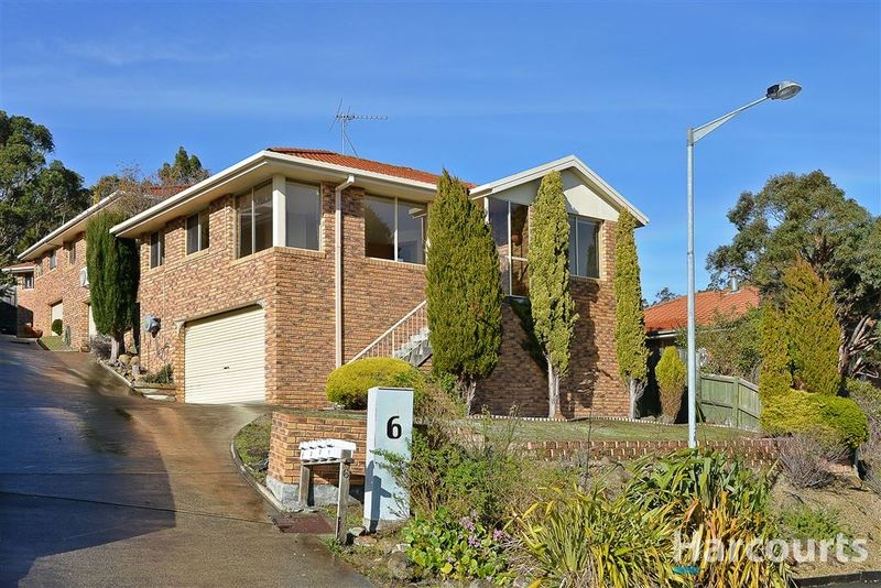 1/6 Broadby Drive, Lenah Valley TAS 7008