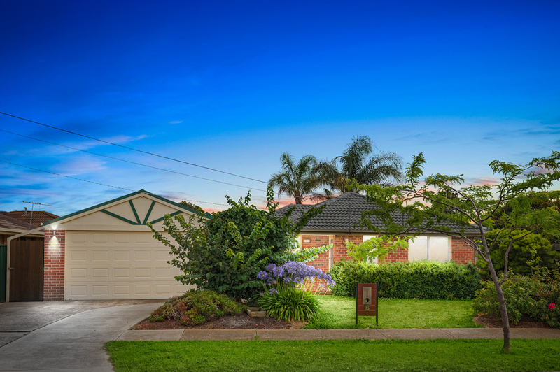 16 Cameron Drive, Hoppers Crossing VIC 3029