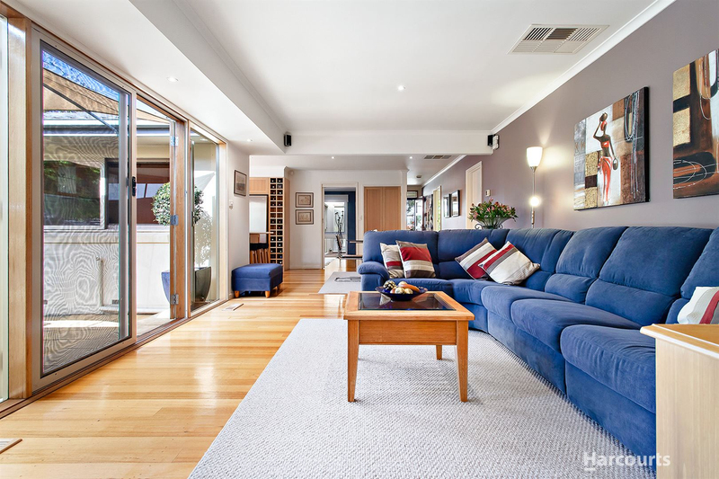 16 Moore Road, Vermont VIC 3133