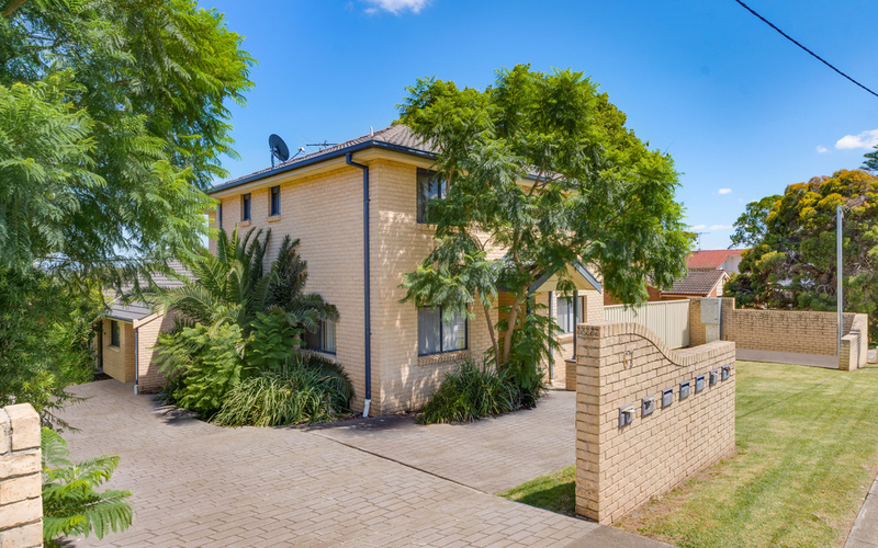 1/67 Canterbury Road, Glenfield NSW 2167
