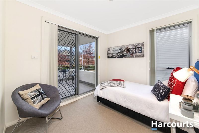 Photo - 1/69 Torrens Street, Braddon ACT 2612  - Image 4