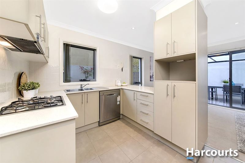 Photo - 1/69 Torrens Street, Braddon ACT 2612  - Image 9