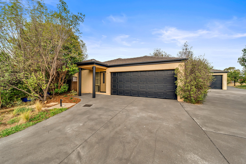 1/7 Cato Place, Dunlop ACT 2615