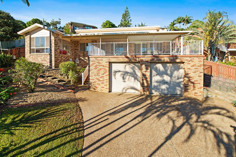 17 Muirfield Place, Banora Point NSW 2486